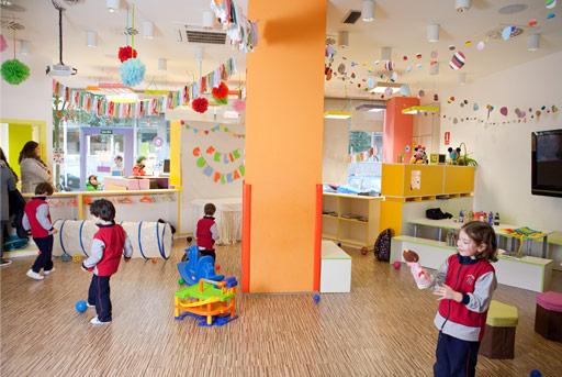 Espacio para nios y familias en madrid ludoteca veoveo for Alquiler de locales en madrid centro para fiestas